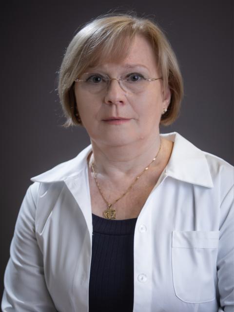 Dr. Hegyes Erzsébet