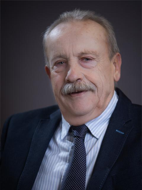 Dr. Mogán István